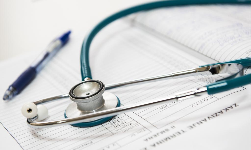 médecine vétérinaire naturelle alternative soins naturels plantes